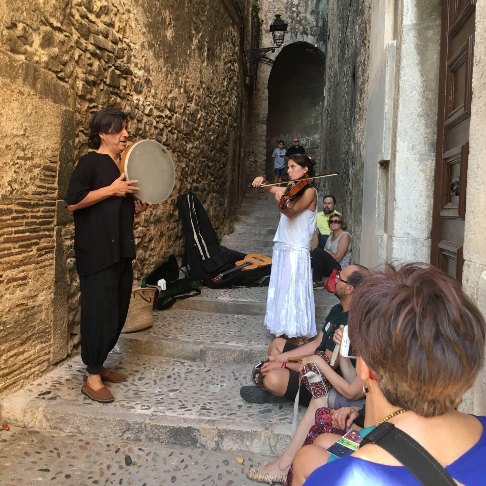 Beim musikalischen Spaziergang durch das Call © Patronat Call de Girona